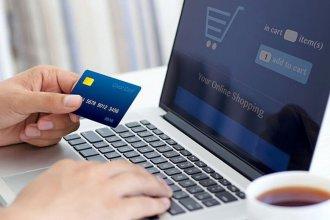 Diputada propone que se devuelva el IVA a los consumidores en las compras online