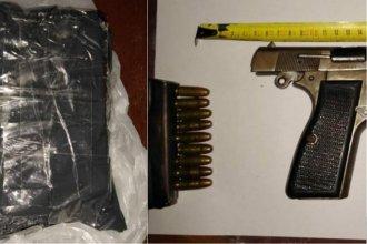 Detuvieron a dos personas tras un allanamiento: encontraron drogas y armas