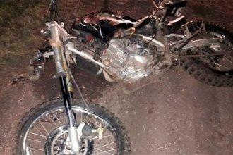 Un joven peón rural de 20 años falleció al protagonizar un accidente en motocicleta