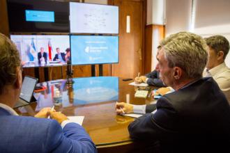 """Con el ministro de Transporte de la Nación, Bordet analizó a futuro un servicio """"administrado"""" de larga distancia"""