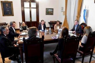 Bordet delegó a los intendentes la habilitación de actividades comerciales