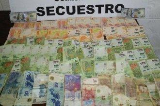Con pesos y dólares robados a su madre, apareció el hombre que era intensamente buscado