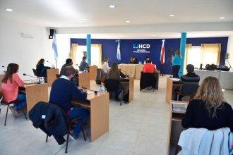 Concejales de San José reunieron un fondo voluntario a beneficio de instituciones