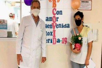 Con una emotiva bienvenida, enfermera se reincorporó a sus tareas tras recuperarse del coronavirus