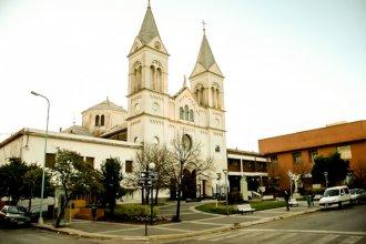 Religiosos piden a Francolini que autorice la apertura de lugares de culto