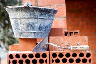 Recuperaron herramientas de construcción durante un allanamiento en Colón