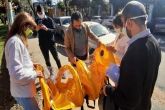"""Ante la pandemia, hospitales suman """"camillas de aislamiento"""" gracias a compras comunitarias"""