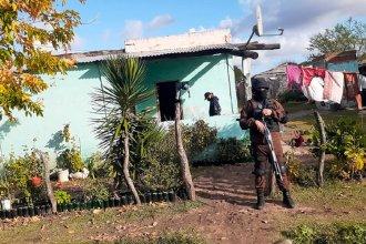 Realizaron allanamientos en tres ciudades de la provincia: secuestraron drogas y dinero