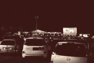 Como en los viejos tiempos: vuelve el auto cine a ciudad entrerriana