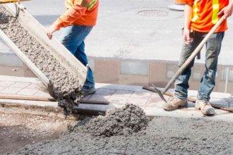 El consumo de cemento se desplomó en todas las provincias, salvo en dos