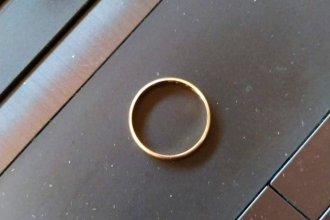 Dinero y dos anillos: el botín de delincuentes que ingresaron a una vivienda en San José