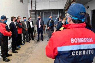 En el marco del Plan de Manejo del Fuego, entregaron cinco millones de pesos para Bomberos Voluntarios