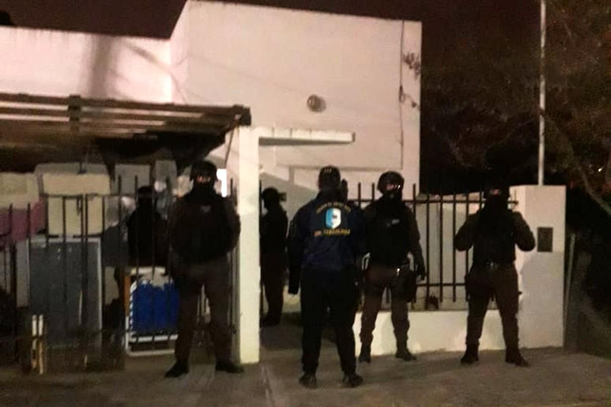 3 departamentales intervinieron en el operativo.