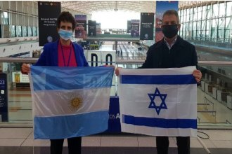 En medio de la pandemia, Urribarri viajó a Israel para ejercer su cargo de embajador argentino