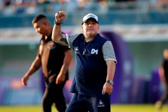 Gimnasia: Maradona seguirá como técnico y ahora restará conocer el futuro de los entrerrianos