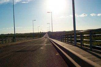 """Uruguay avisa que """"en el corto plazo"""" no habrá reapertura del Puente Artigas"""