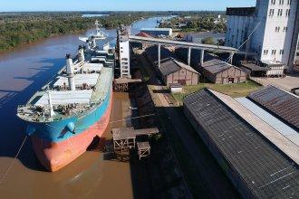Un nuevo buque llegaría al puerto de Concepción del Uruguay: es el cuarto desde el inicio de la pandemia