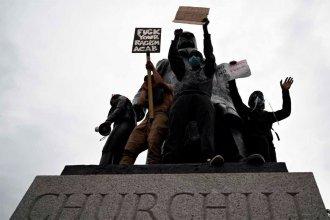 Estatuas: las nuevas víctimas de los reaccionarios
