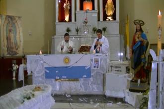 Último adiós al histórico padre Juan Esteban: Emoción, recuerdos y homenajes a un cura que trascendió su labor religiosa