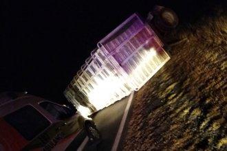 Precaución en ruta entrerriana, tras el vuelco de un camión cortando parte del tránsito