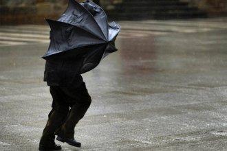Rigen dos alertas por vientos intensos y tormentas fuertes para la provincia