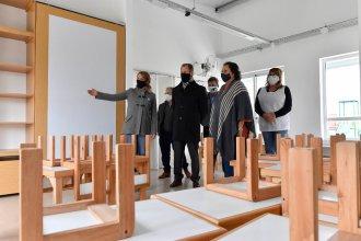 Visitando el nuevo jardín de infantes de Los Conquistadores, Bordet resaltó la importancia de la obra pública