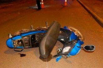 Su viaje en moto terminó trágicamente, al chocar contra el cantero central de un boulevard