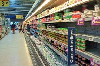"""""""Pueden estar tranquilos"""" los clientes de conocido supermercado, desinfectado por caso de Covid-19"""