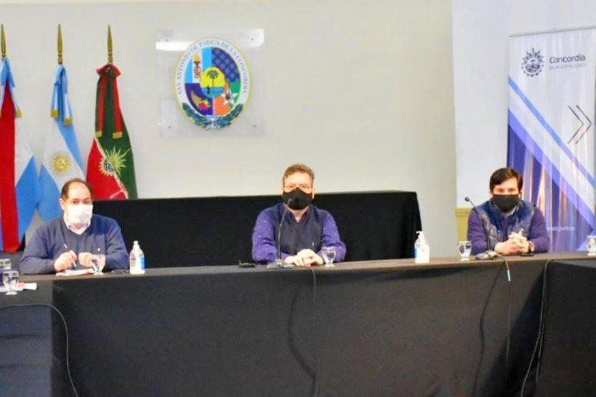 El intendente presidió una reunión, ayer.