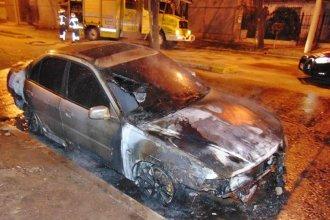 Incendiaron el auto de un entrerriano y asegura que fue porque su novia dio positivo al test de coronavirus
