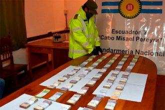 Dos entrerrianos, involucrados en la misteriosa trama del tráfico de dinero: Iban por la Ruta 14 con un millón y medio
