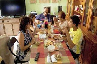San José autorizó las reuniones familiares de hasta 10 personas los fines de semana