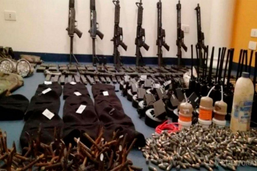 Contrabando de armas del Comandado Vermelho