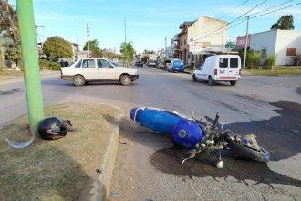 Trágico accidente: un motocicista perdió la vida tras impactar contra un vehículo