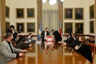 Abrieron los sobres de la licitación para elegir al agente financiero del gobierno provincial
