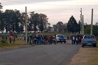 """Policía y Gendarmería desplegaron efectivos para interrumpir los clásicos """"picados"""" de fútbol"""