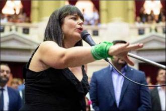 Legisladora de Entre Ríos presentó un proyecto que busca repudiar dichos de Baby Etchecopar