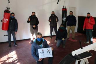 """Trabajos de remodelación y mantenimiento en el gimnasio de """"la lindera"""""""