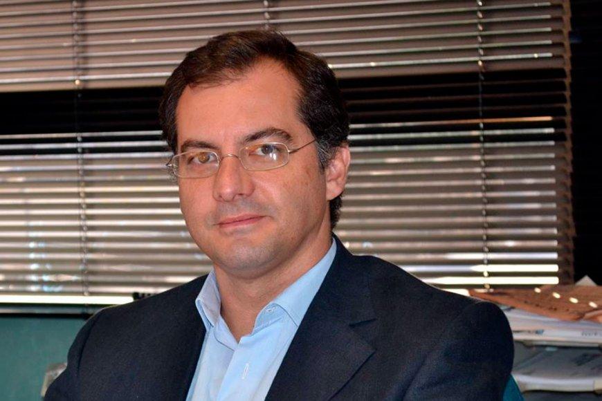 Agolti dirige el Dto de Ciencias Económicas