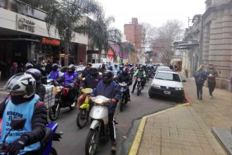"""Marcharon en solidaridad con el hombre chocado por el hijo de Camejo: """"Pedimos Justicia"""""""