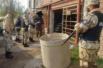 Secuestraron embutidos de dudosa procedencia y cartuchería tras un allanamiento en Gualeguaychú