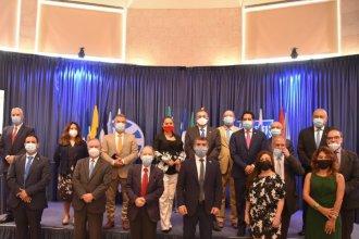 Comercio y tecnología, los ejes de un encuentro de embajadores en el que participó Urribarri