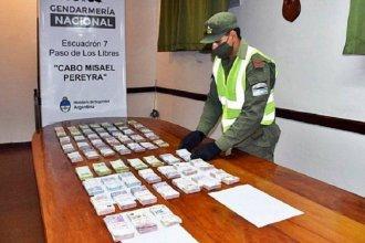 Los interceptaron en la ruta con más de $1.200.000 ocultos en dos camiones: se dirigían a Paraná