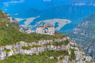 Bolsonaro quiere privatizar un parque en las nacientes del Río Uruguay: Férrea oposición del Foro de Conservación