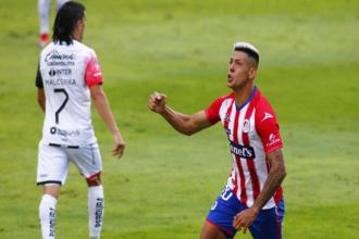 Goleador entrerriano marcó por primera vez en su nuevo club