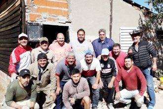 Fantástica movida solidaria: ex compañeros le restauraron la casa a vieja gloria concordiense