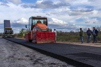 El largo derrotero hasta iniciarse una obra de asfaltado: de cambios a último momento a un hecho delictivo