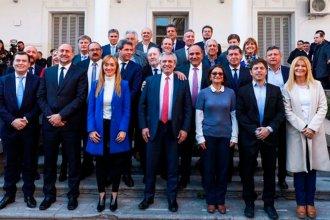 La presencia de 19 gobernadores como un nuevo tipo de actores: los agachados