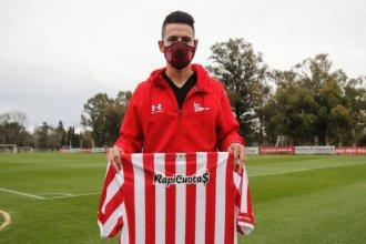 """Godoy fue presentado en Estudiantes: """"Me volvió loco la historia que tiene el club"""""""