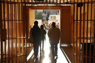 Evalúan cómo restablecer las visitas a unidades penales